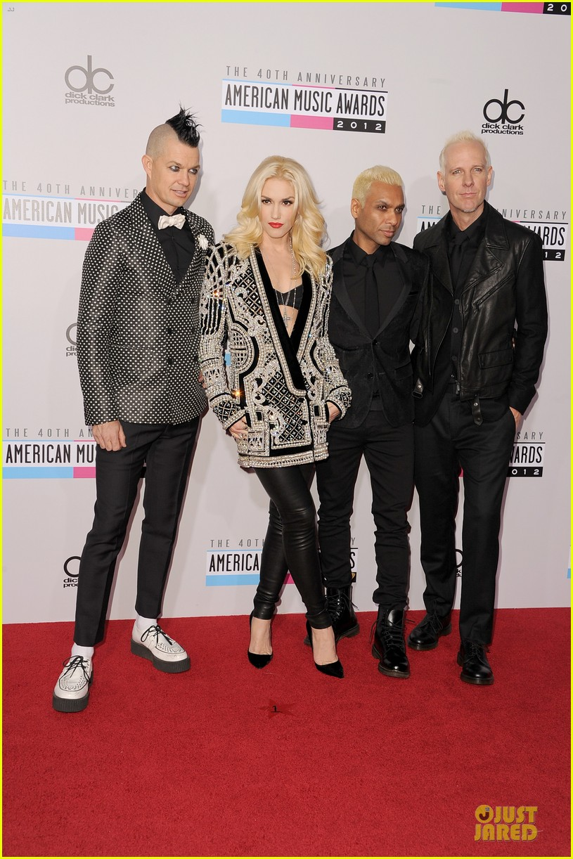 no doubt looking hot amas performance 012760389