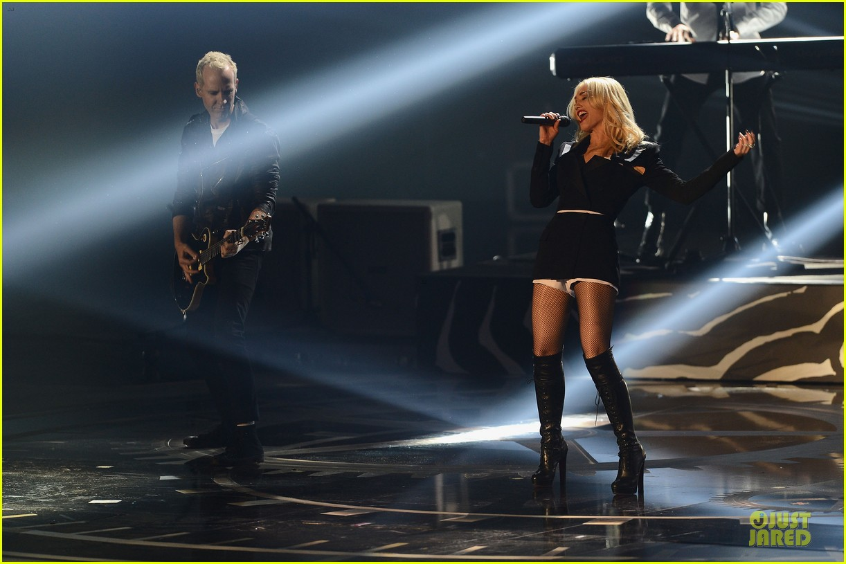 no doubt mtv emas performance watch now 06