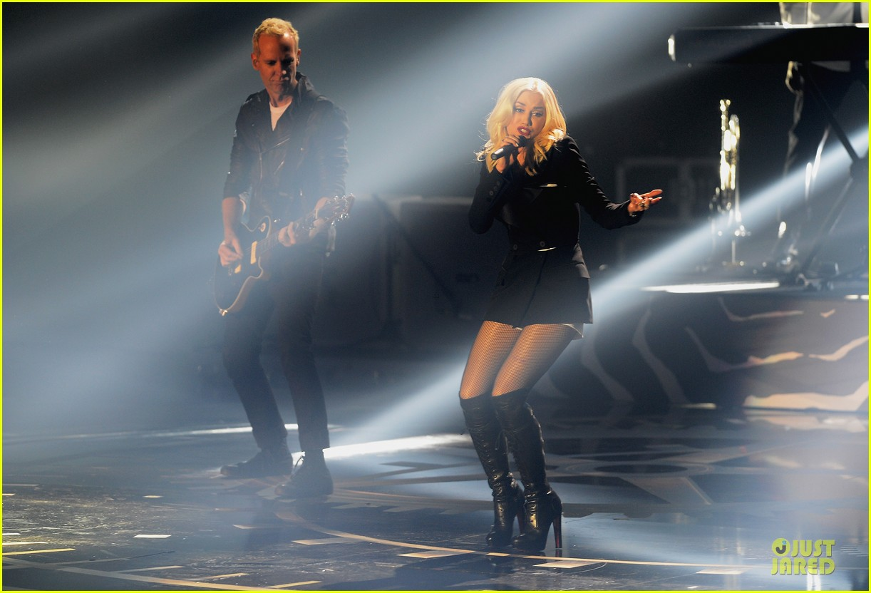 no doubt mtv emas performance watch now 092755485