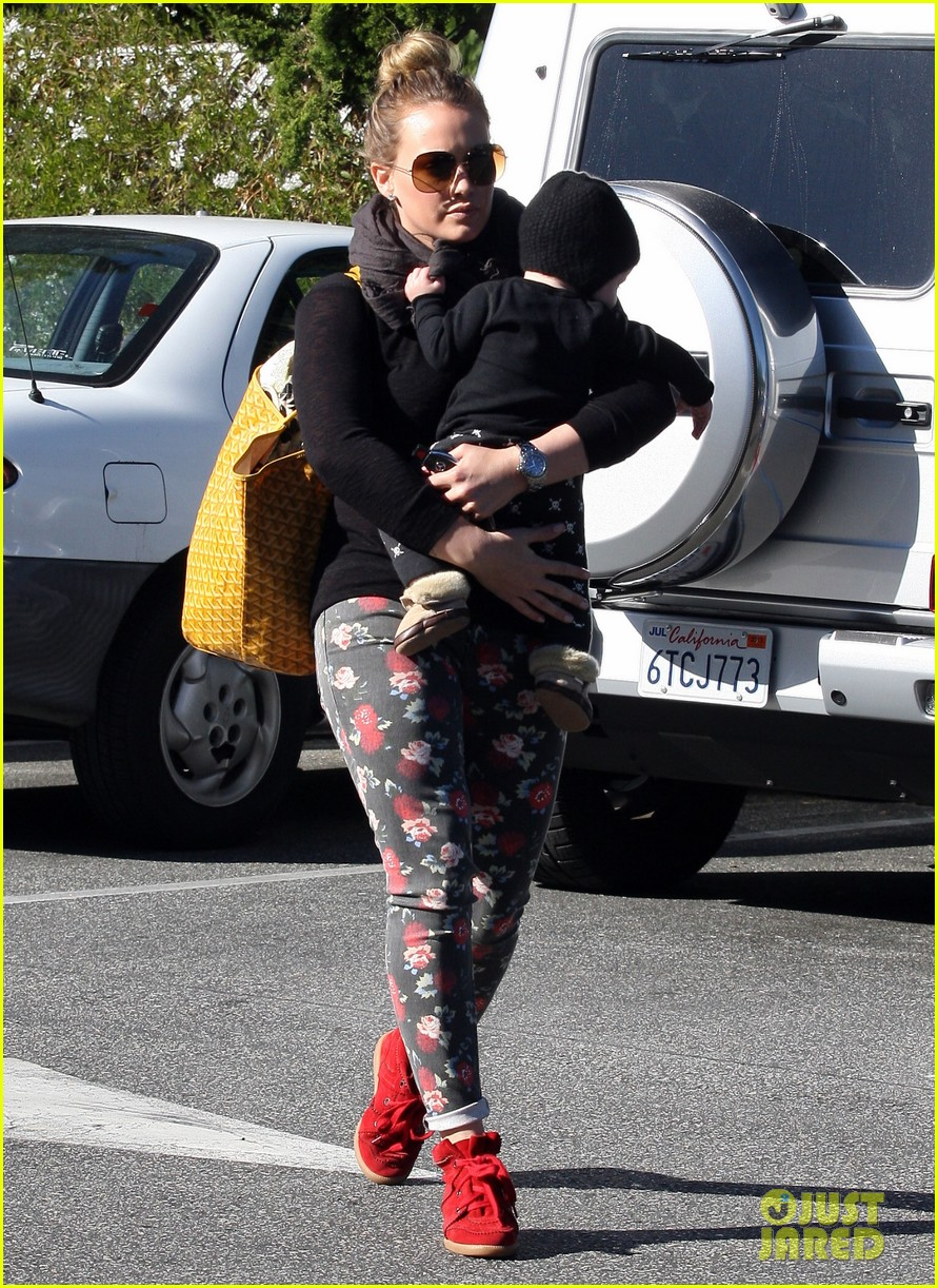 hilary duff bristol farms shopping with luca 132755862