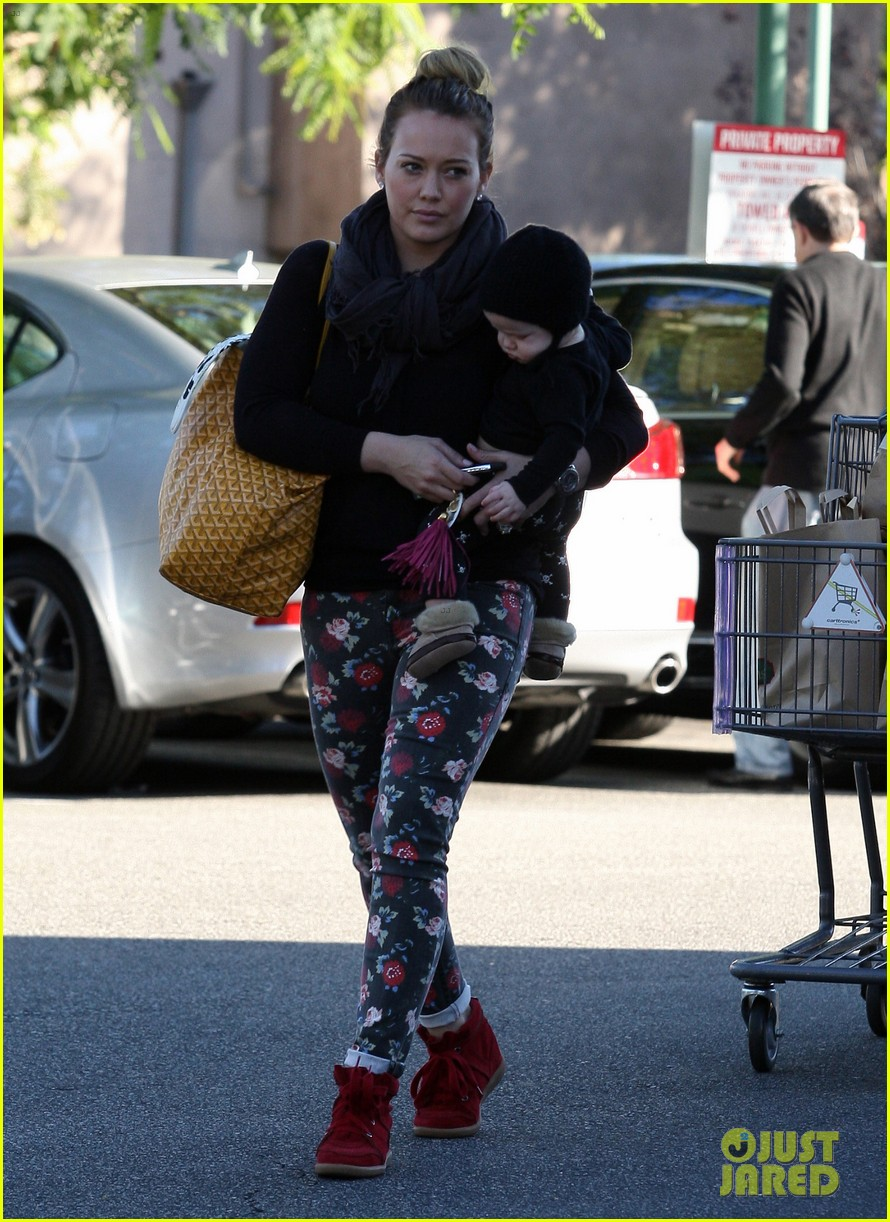 hilary duff bristol farms shopping with luca 172755866