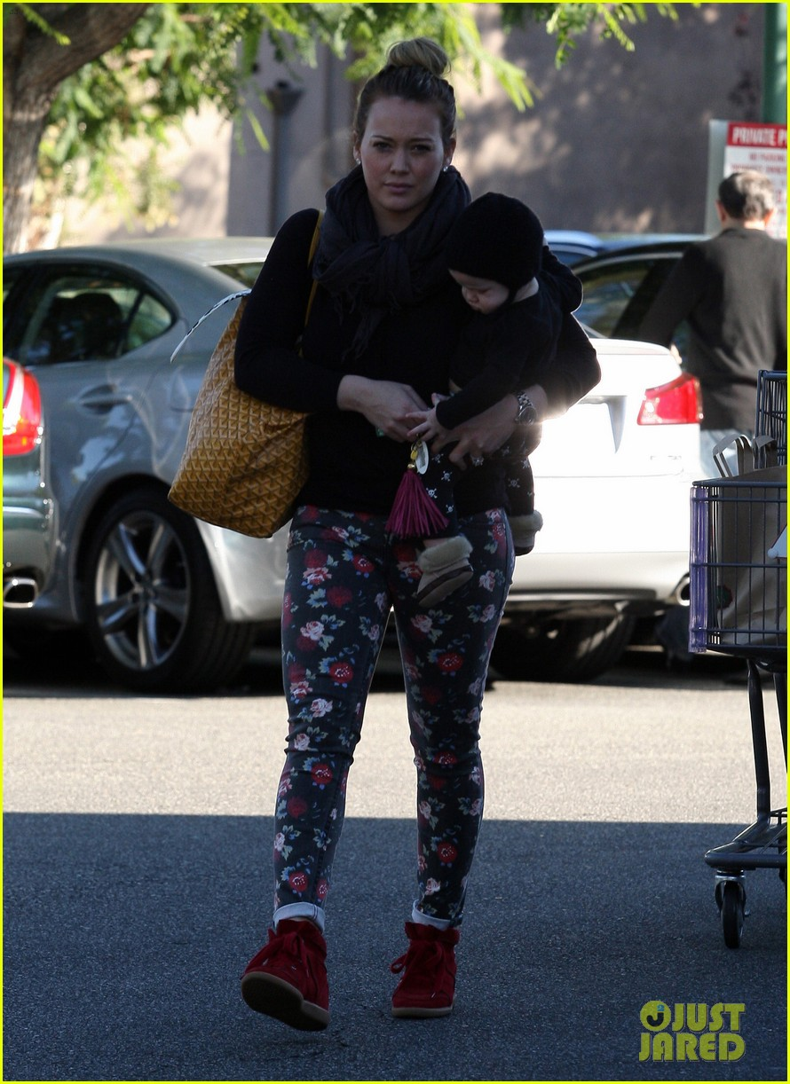 hilary duff bristol farms shopping with luca 192755868