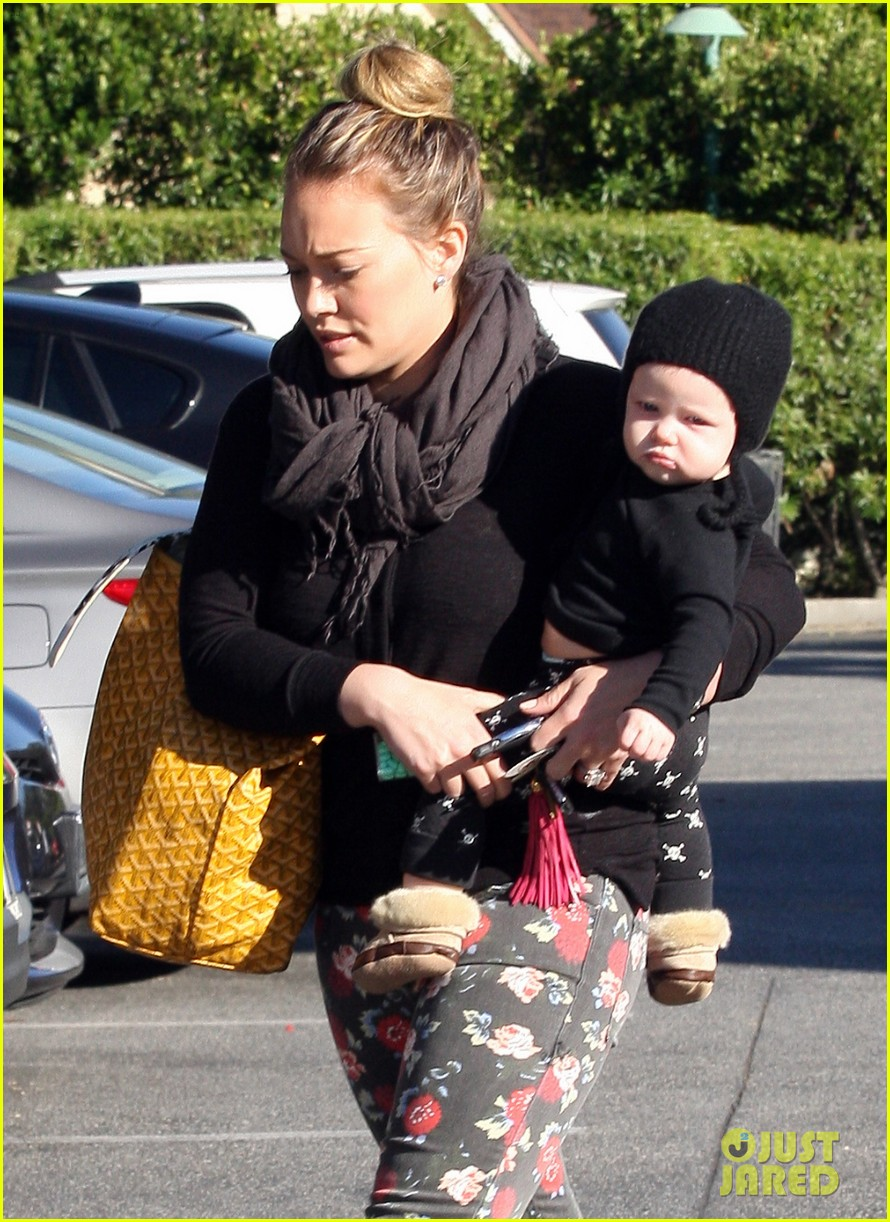 hilary duff bristol farms shopping with luca 232755872