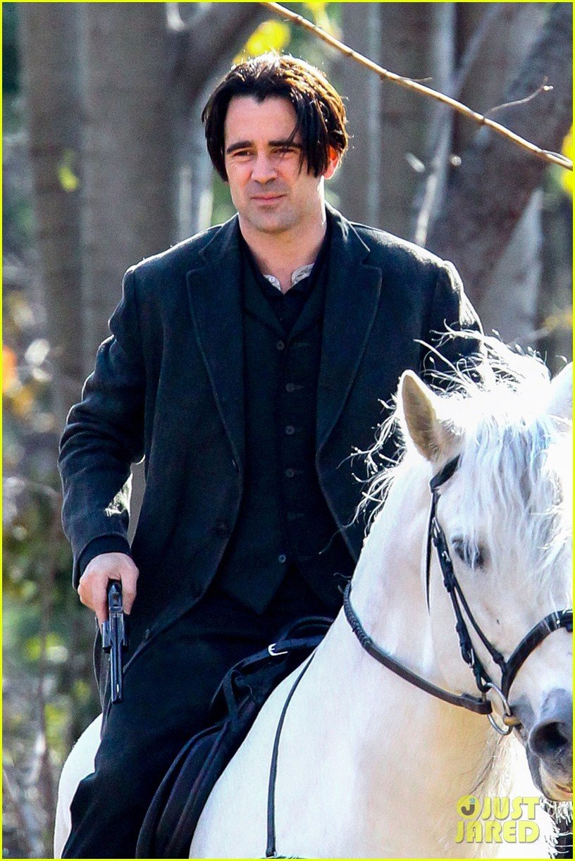 colin farrell horseback riding winters tale 032766419