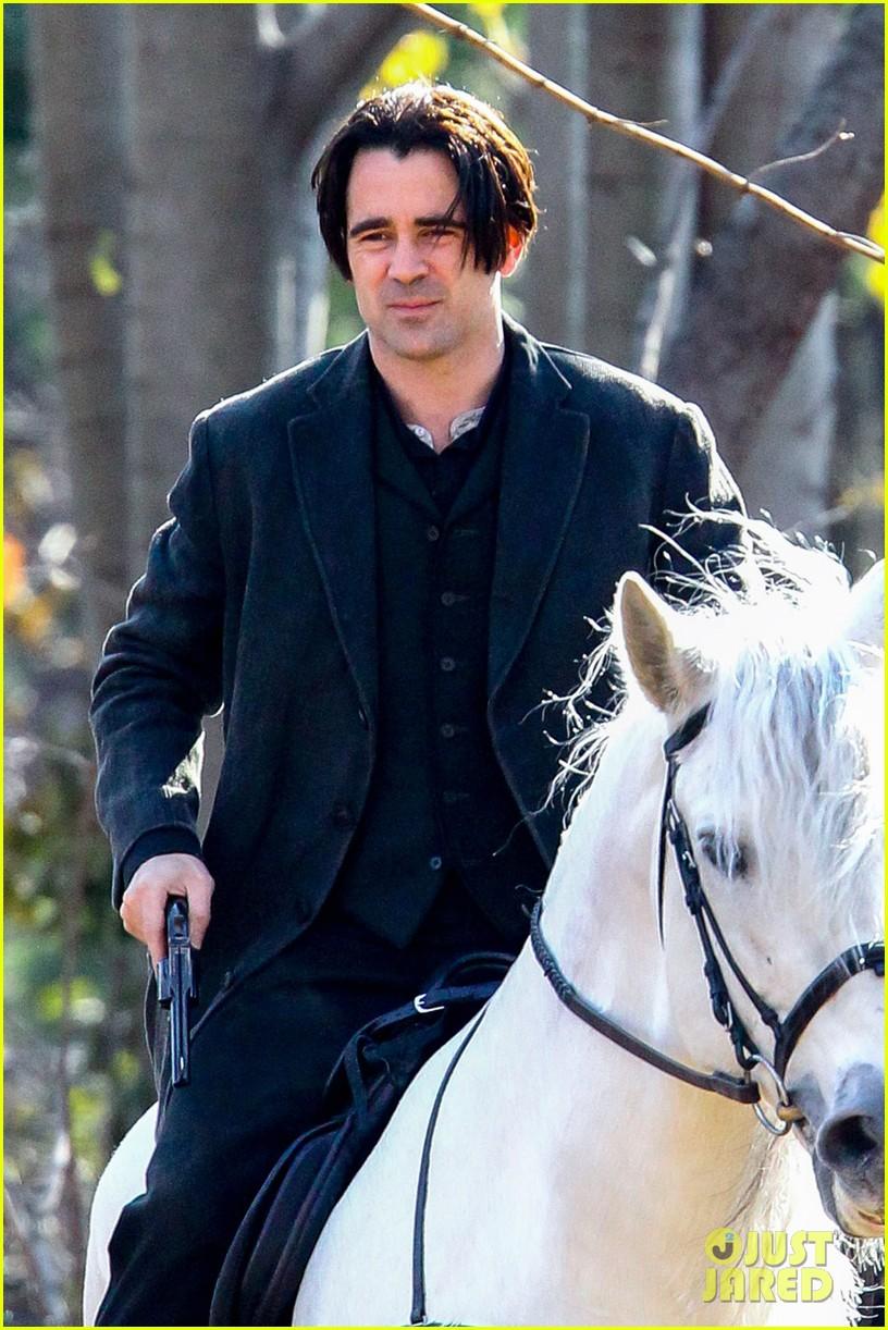 colin farrell horseback riding winters tale 03