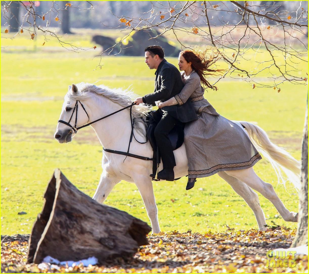 colin farrell horseback riding winters tale 072766423