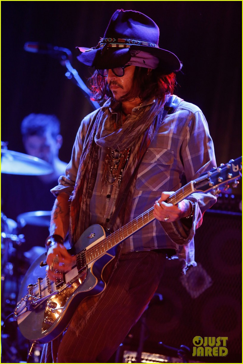 jared followill johnny depp petty fest west players 022759031