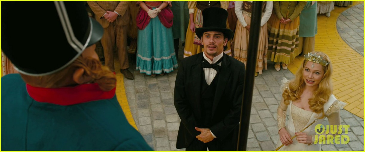 james franco mila kunis oz the great and powerful trailer 022757531