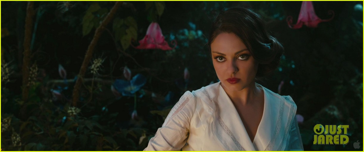 james franco mila kunis oz the great and powerful trailer 03