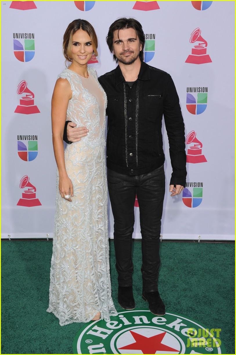 nelly furtado juanes latin grammy awards 2012 052758525