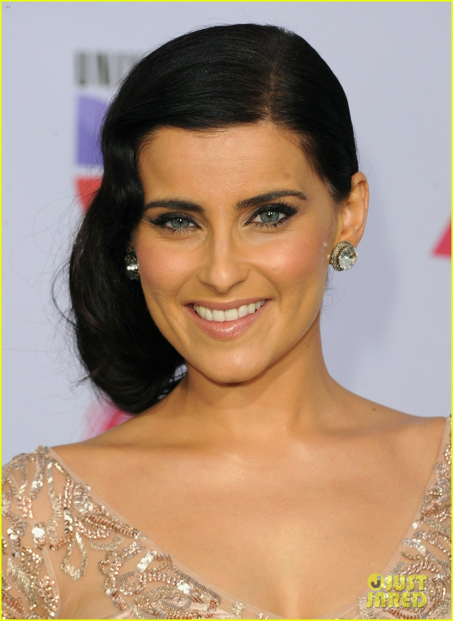 nelly furtado juanes latin grammy awards 2012 06