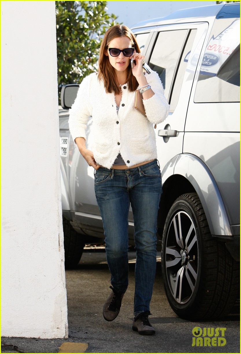 jennifer garner ice cream treat with violet seraphina 10