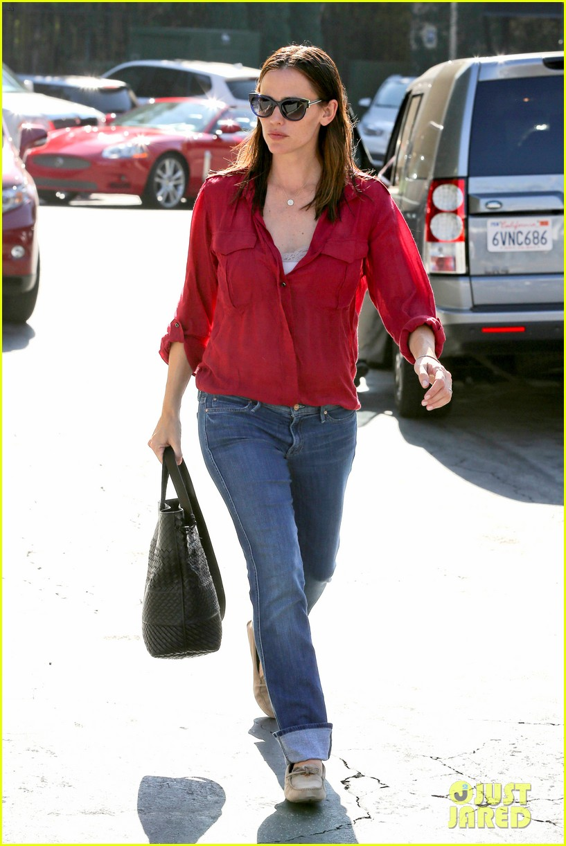 jennifer garner ben affleck family dinner in brentwood 14