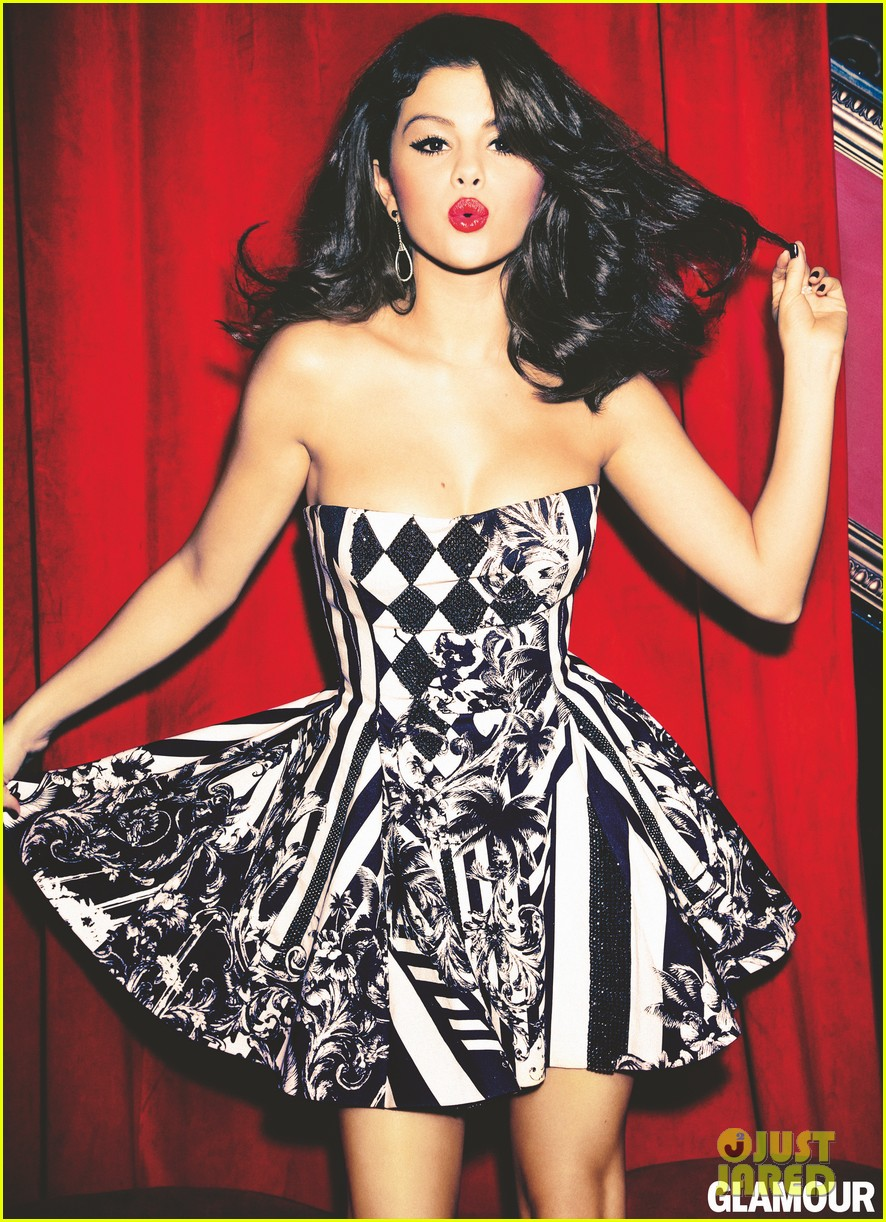 selena gomez covers glamour december 2012 022749480