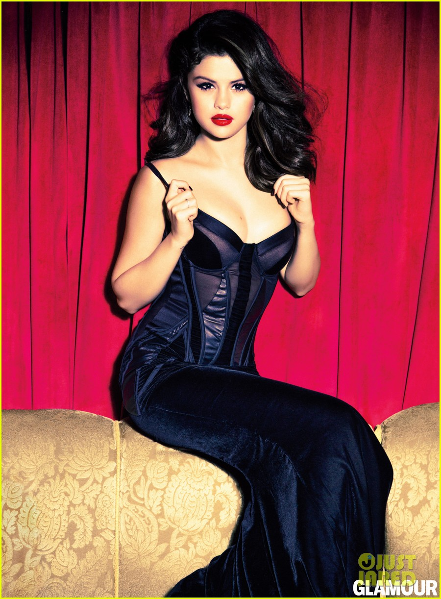 selena gomez covers glamour december 2012 03