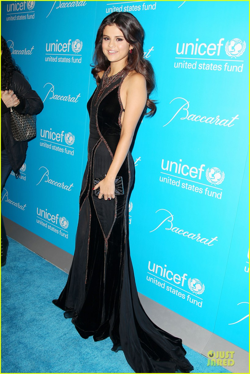 katy perry & selena gomez unicef snowflake ball 012764935