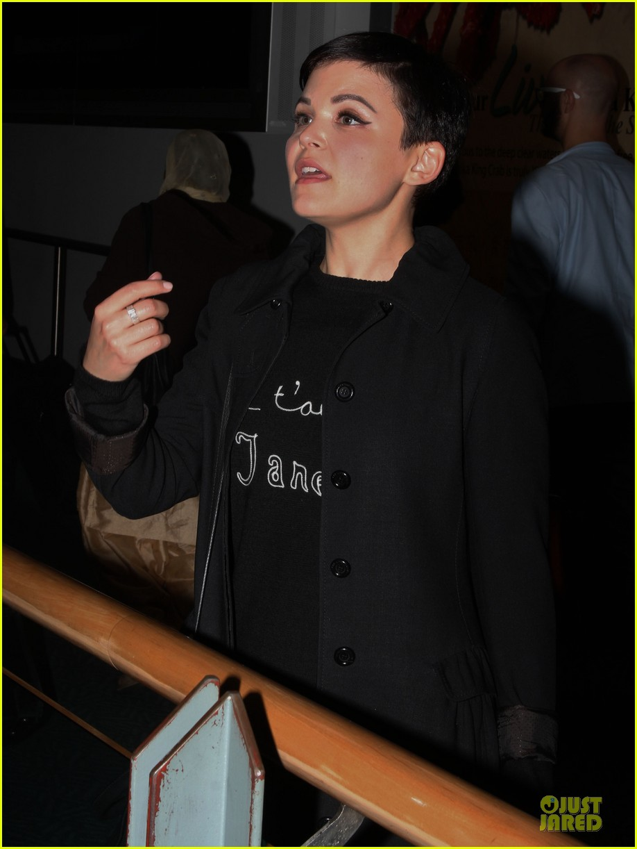 ginnifer goodwin jennifer morrison is who i want to spend my life with in another country 082752291