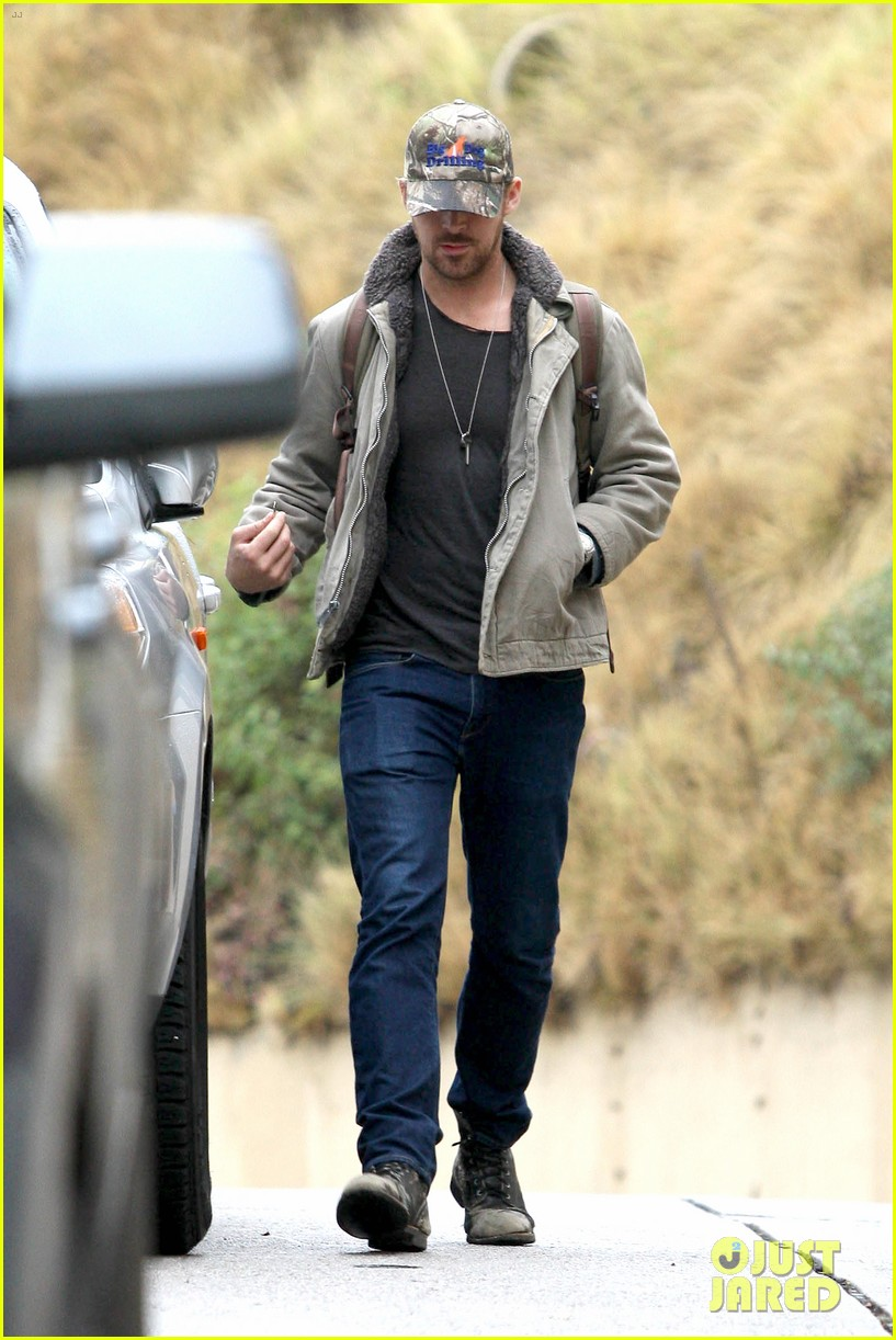 ryan gosling eva mendes visit friends separately 182766405