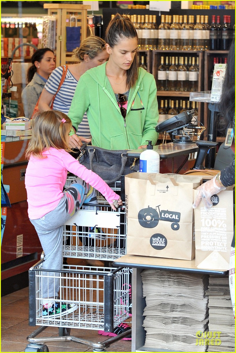 alessandra ambrosio grocery shopping with anja 102750473