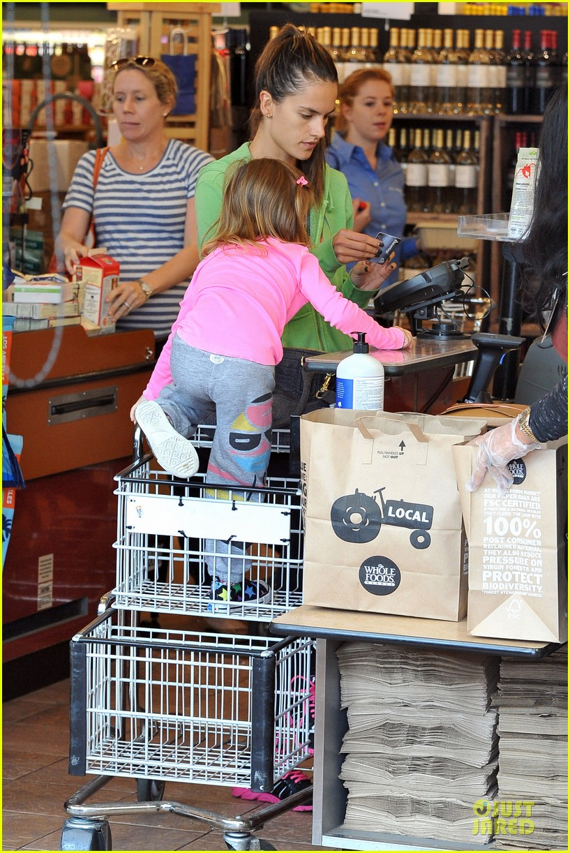 alessandra ambrosio grocery shopping with anja 142750477
