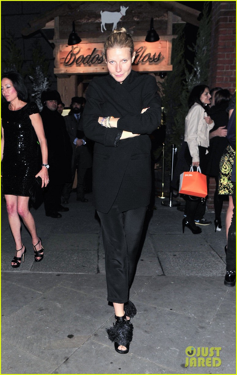 gwyneth paltrow bodos schloss night out 01
