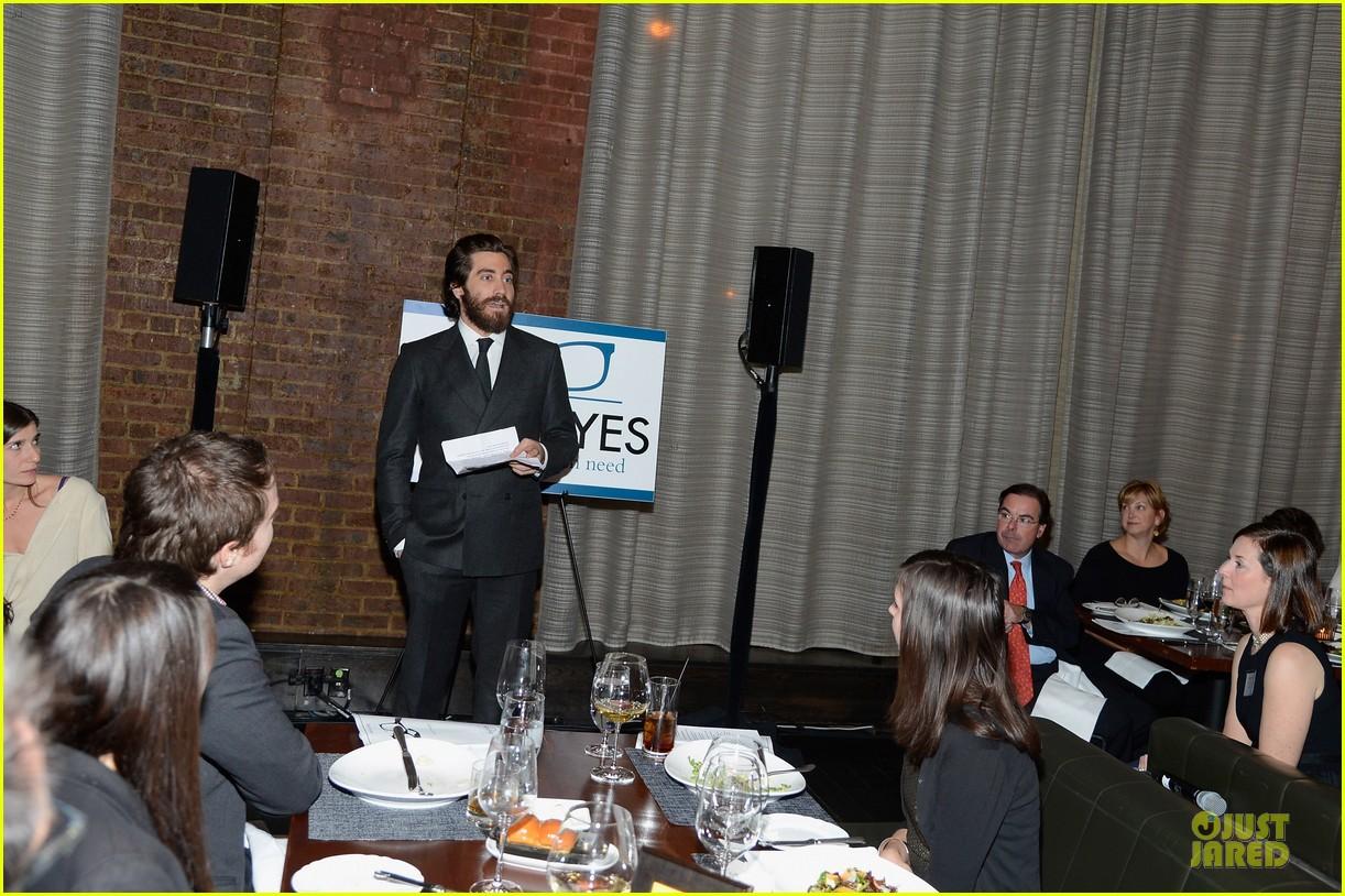 jake gyllenhaal new eyes for the needy gala honoree 052761170