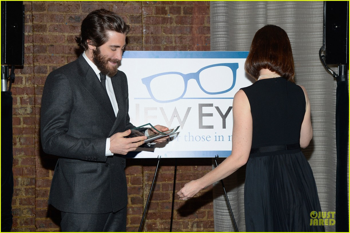 jake gyllenhaal new eyes for the needy gala honoree 152761180