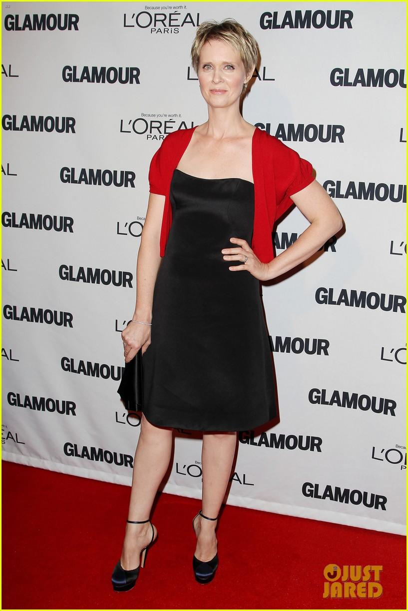 lena dunham glamour women of the year awards 2012 092756433