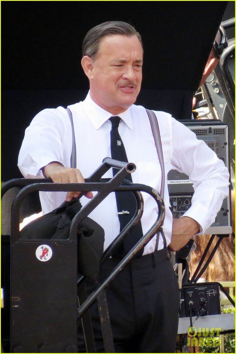 tom hanks as walt disney in saving mr banks first look 02