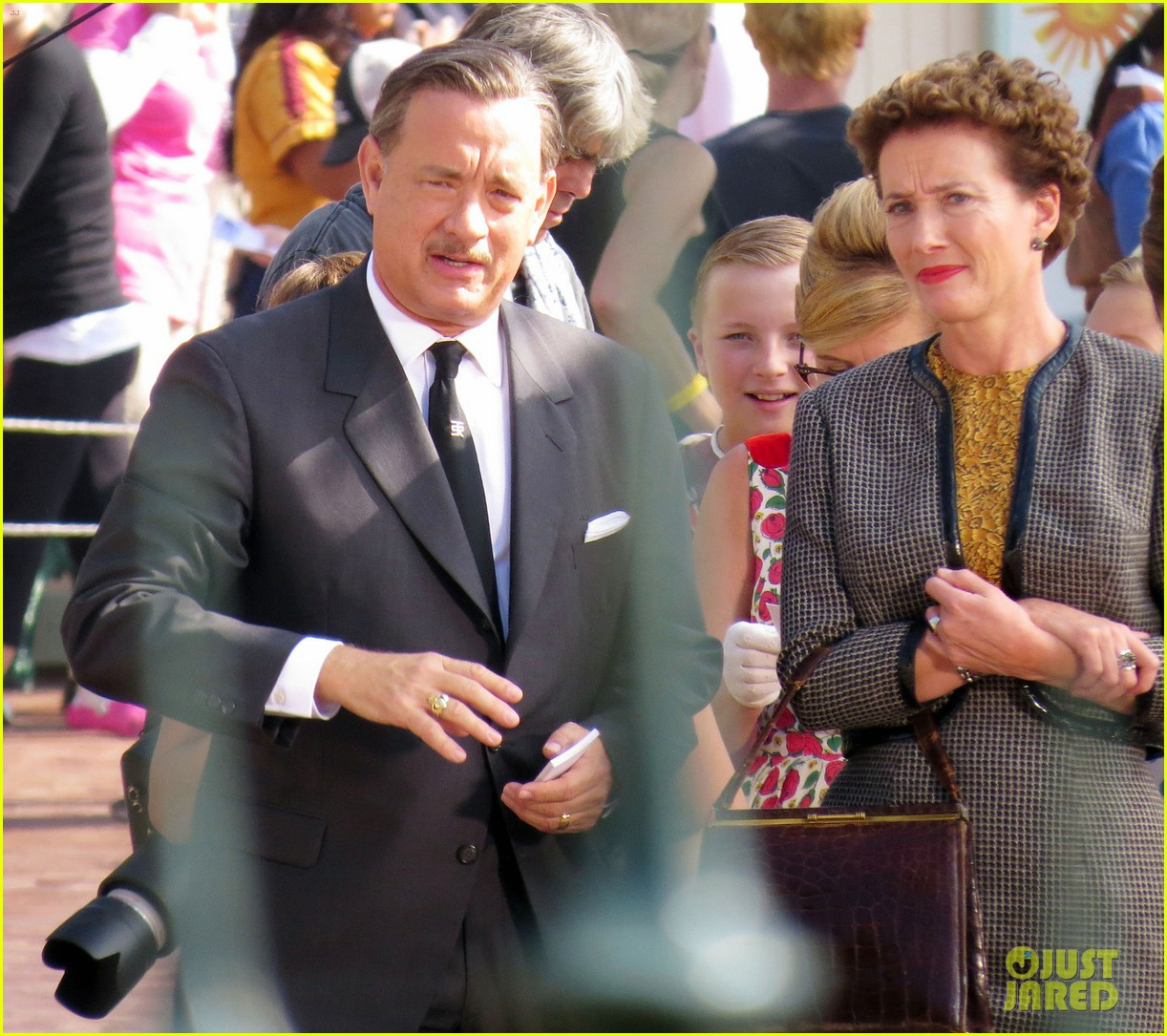 tom hanks as walt disney in saving mr banks first look 03