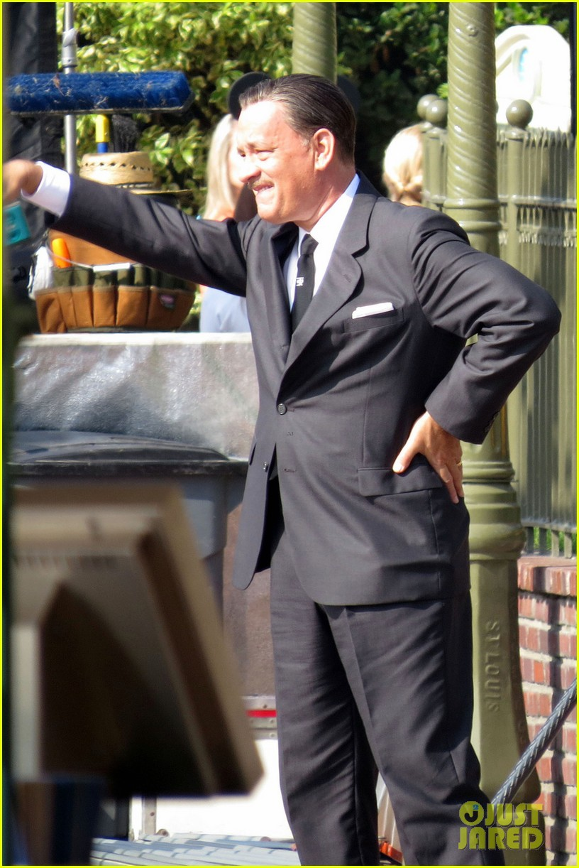 tom hanks as walt disney in saving mr banks first look 052752753