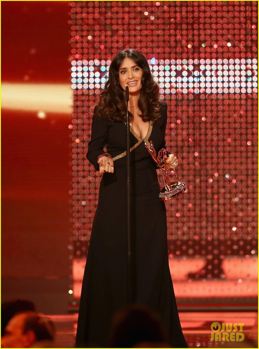 salma hayek celine dion bambi awards 2012 052762683