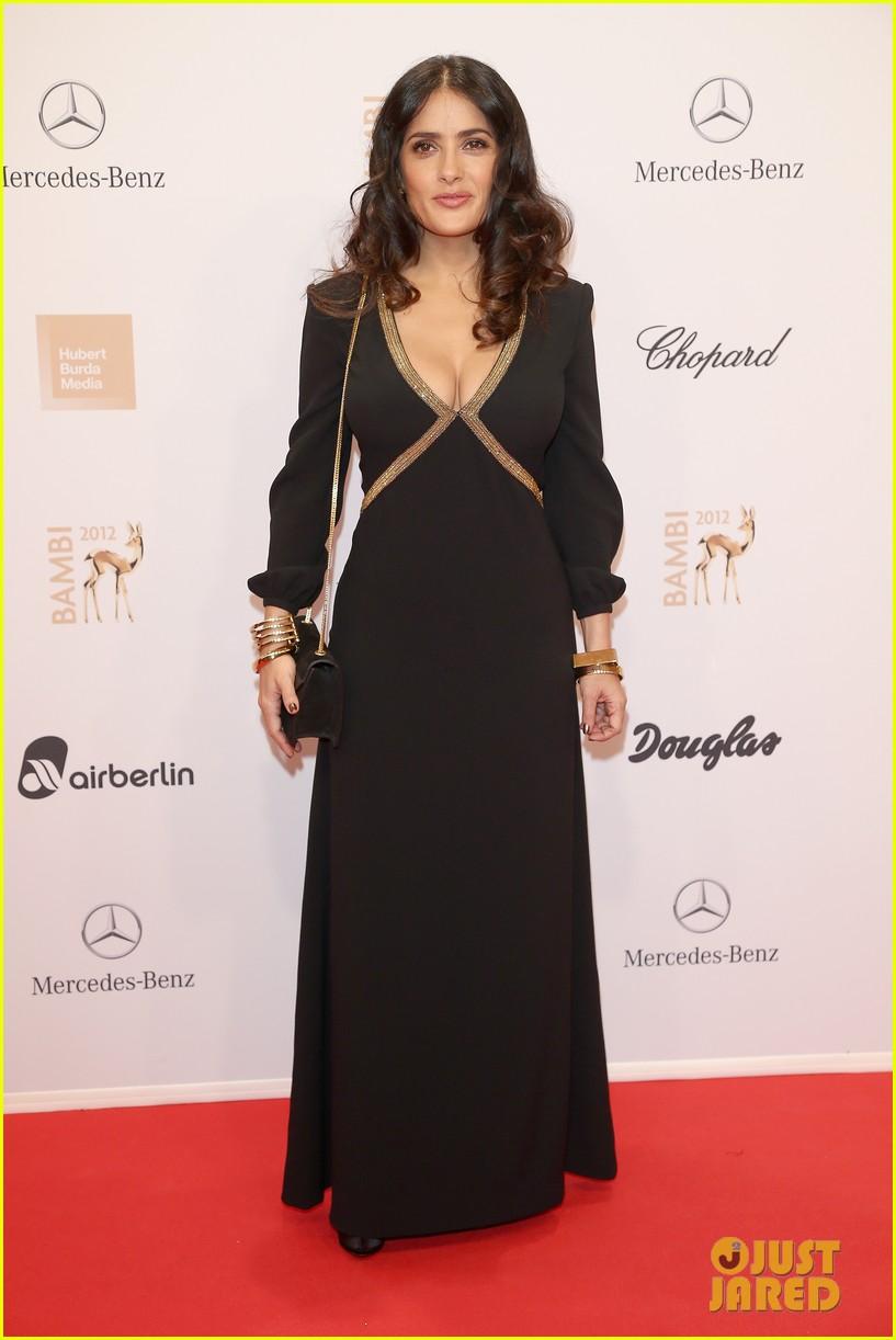 salma hayek celine dion bambi awards 2012 08