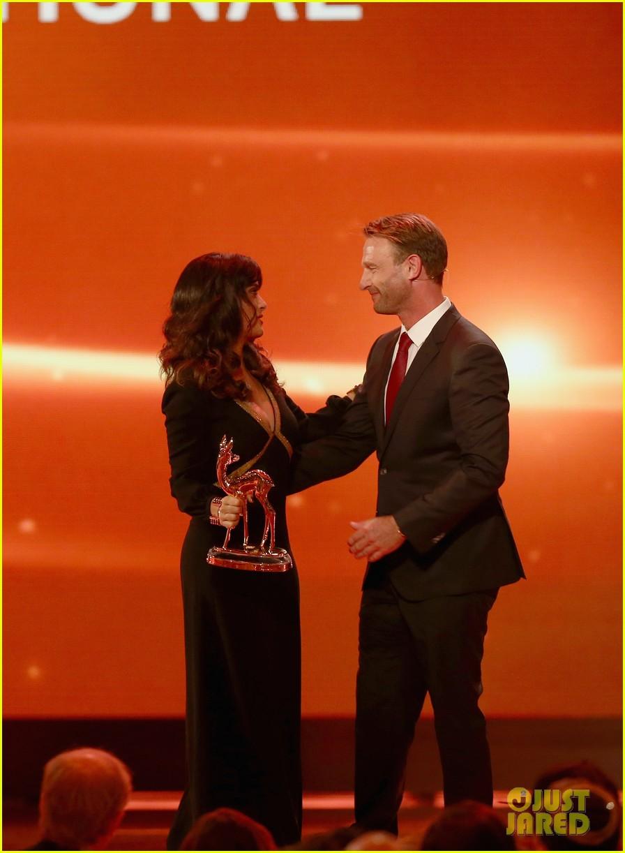 salma hayek celine dion bambi awards 2012 152762693