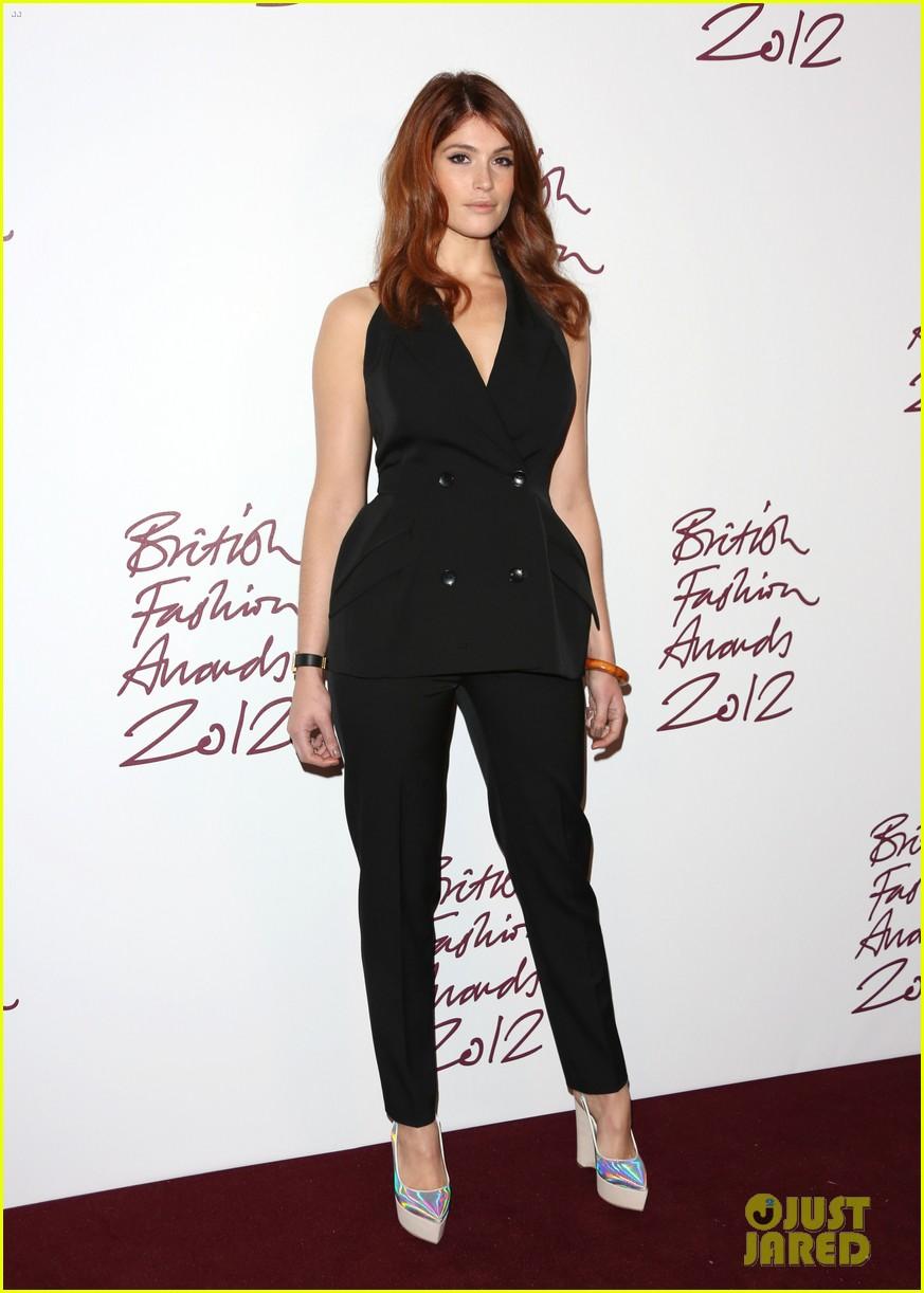 salma hayek rita ora british fashion awards 2012 222764775
