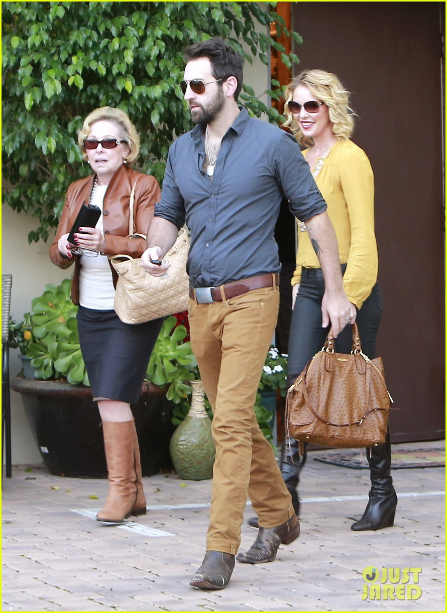 katherine heigl birthday lunch with josh kelley mom nancy 032763522
