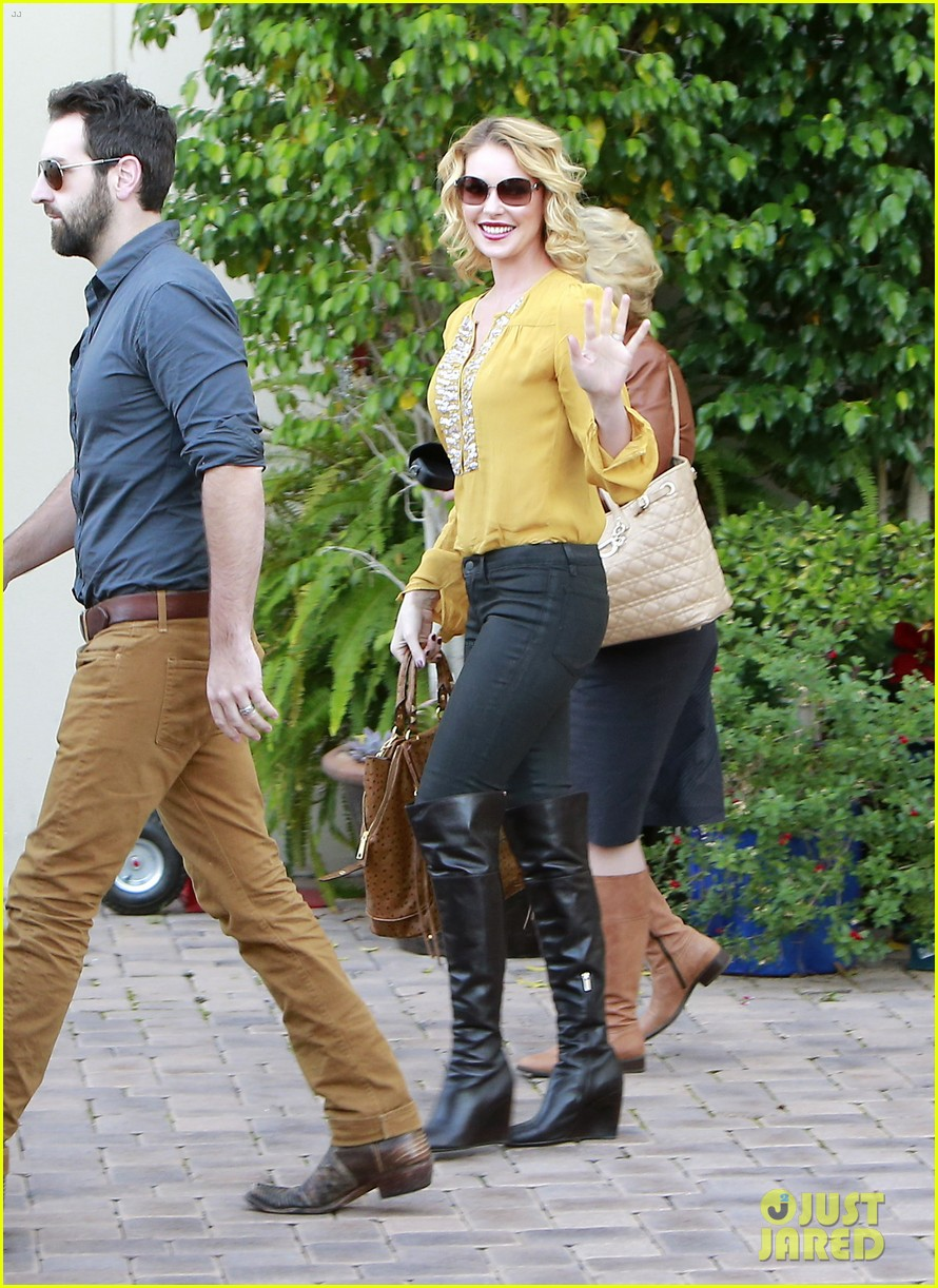 katherine heigl birthday lunch with josh kelley mom nancy 112763530