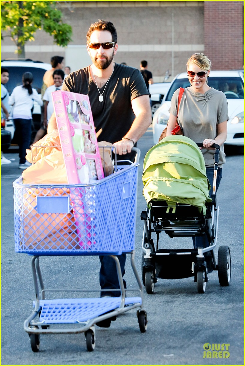 katherine heigl josh kelley naleigh birthday party shopping 012763122