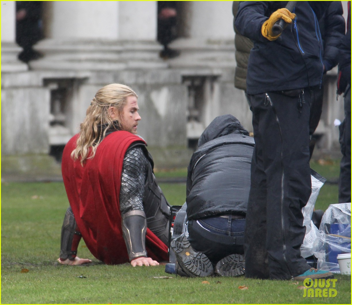 chris hemsworth thor 2 set in london 022755886