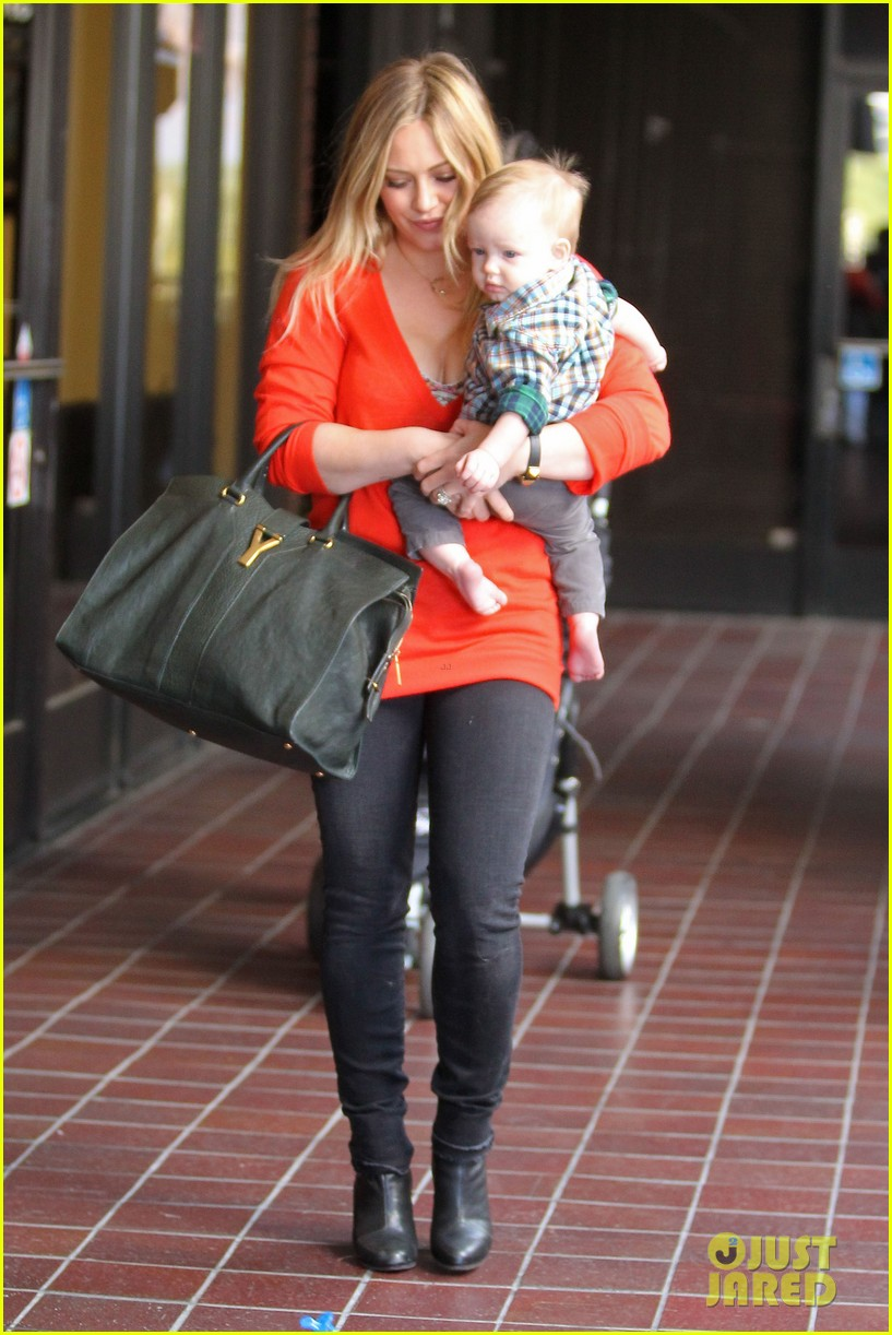 hilary duff chris mcmillan salon appointment 04a