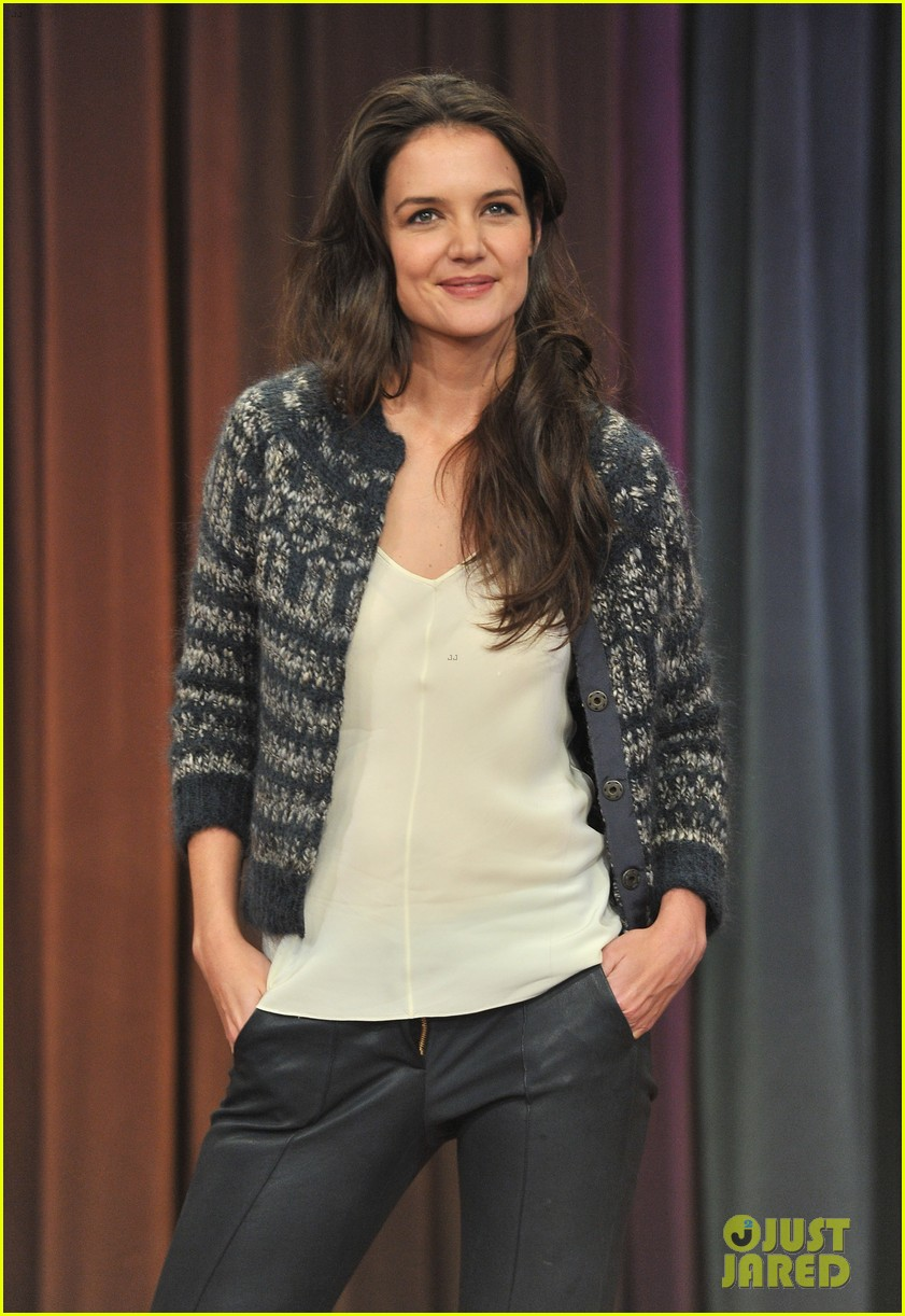 katie holmes plays charades on late night with jimmy fallon 062758492