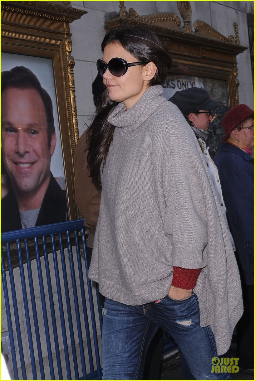 katie holmes lets her hair down for dead accounts 022759544