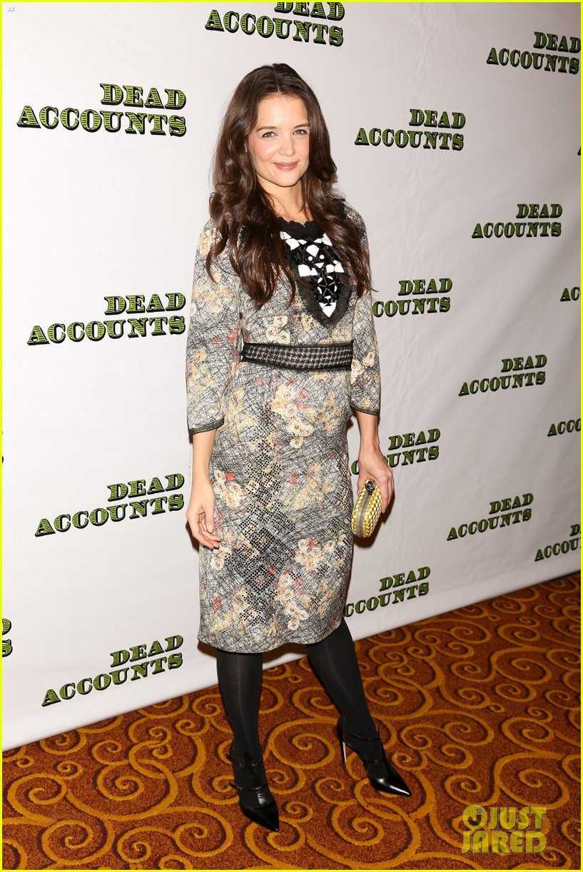 katie holmes dead accounts opening night on broadway 01