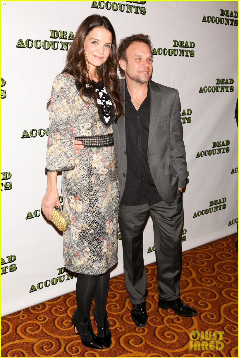 katie holmes dead accounts opening night on broadway 032766502