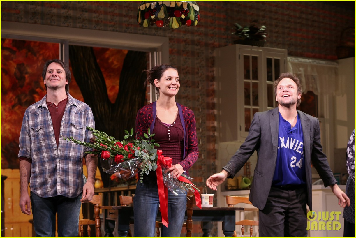 katie holmes dead accounts opening night on broadway 222766521