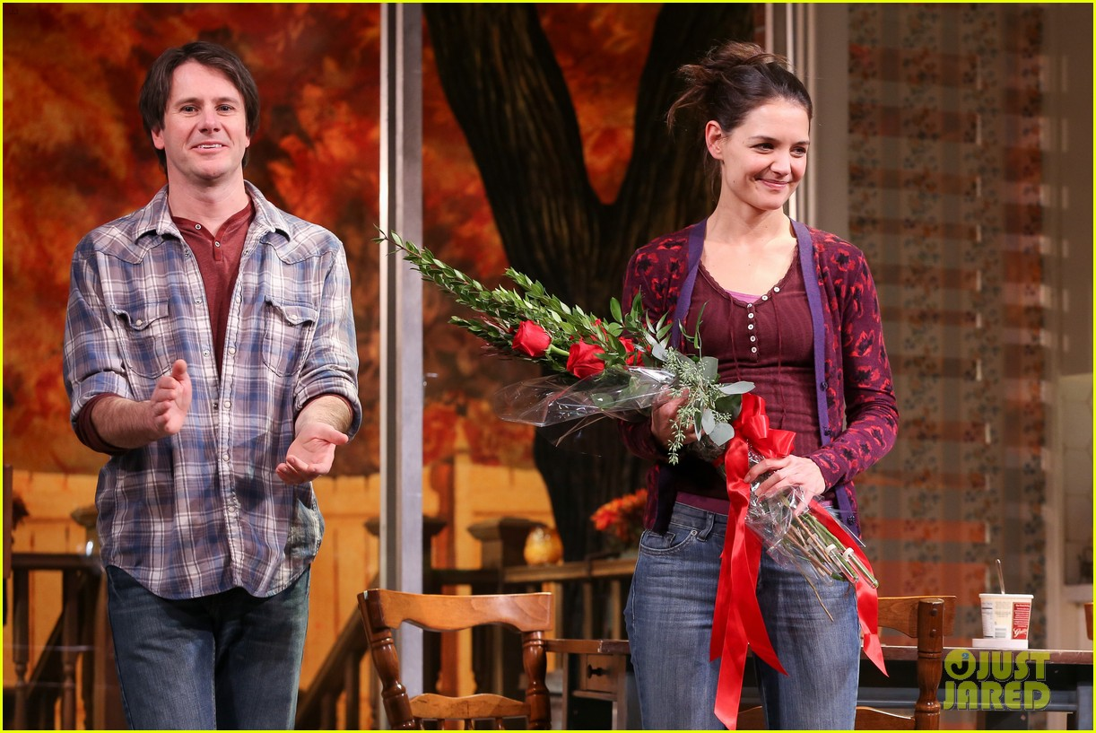 katie holmes dead accounts opening night on broadway 242766523