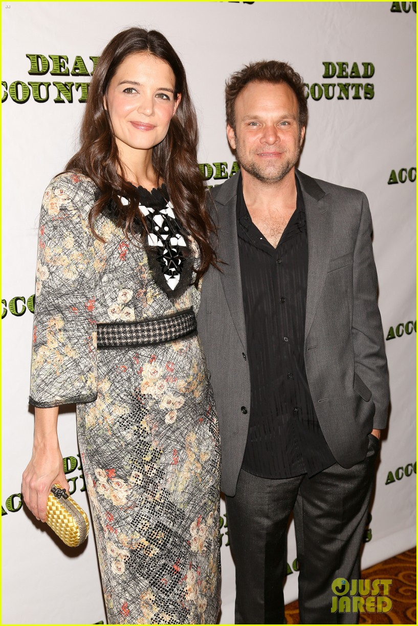 katie holmes dead accounts opening night on broadway 28