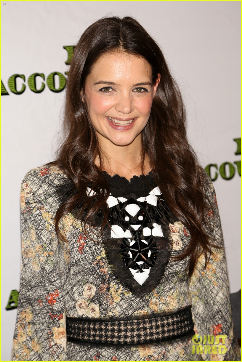 katie holmes dead accounts opening night on broadway 302766529