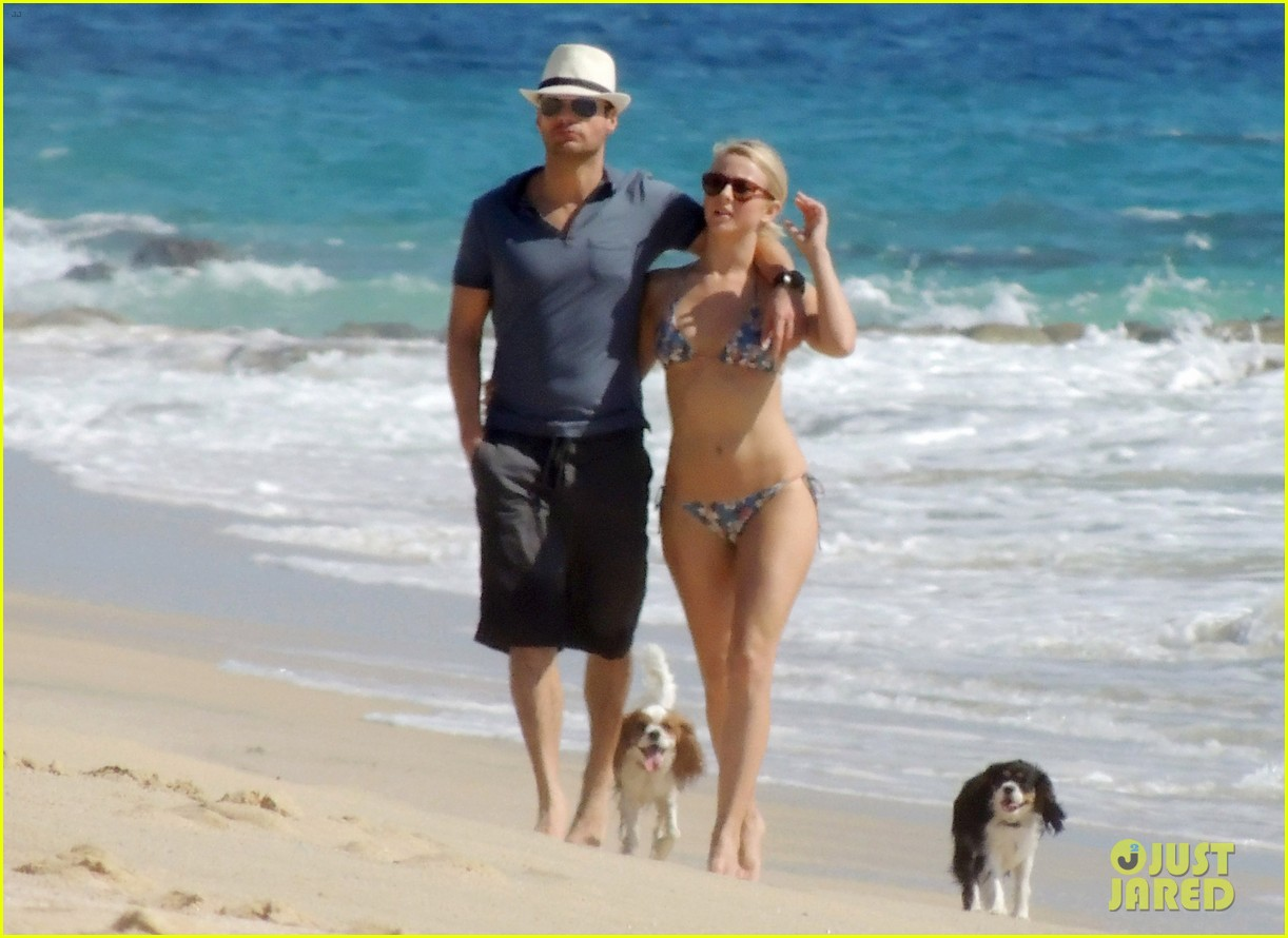 julianne hough bikini beach day ryan seacrest 10