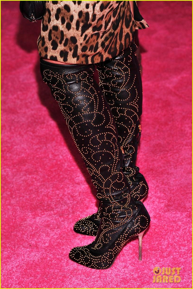 vanessa hudgens victorias secret fashion show 2012 062753157